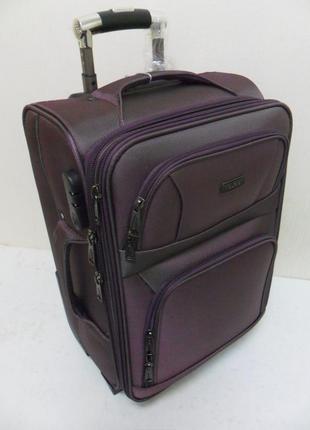 Чемодан 2-х колесный высокой надежности tourist - фиолетовый.