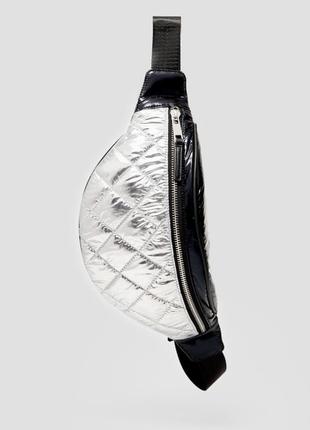 Поясная сумка бананка стеганая серебро stradivarius