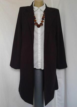 Шикарное легкое пальто,плащ,на пуговицах,карманы,цвет баклажан etam