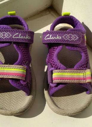 Clarks. сандали, босоножки на ножку не больше 13 см doodles