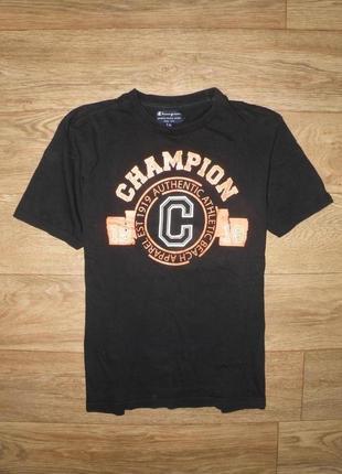 Отличная футболка с классным принтом champion м размер