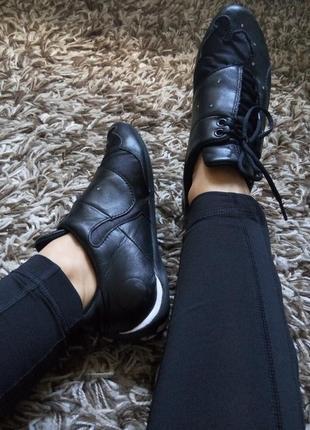 Кожаные женские кроссовки 2019 - купить недорого вещи в интернет ... 6a880c558ca