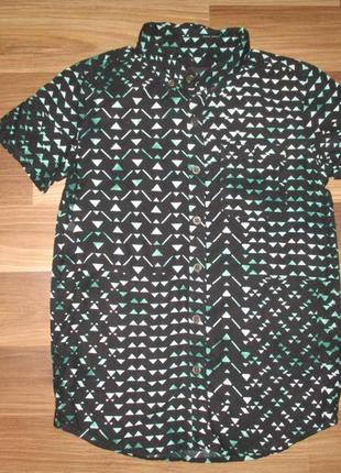 Темная котоновая рубашка фирмы ривер айленд на 9-10 лет
