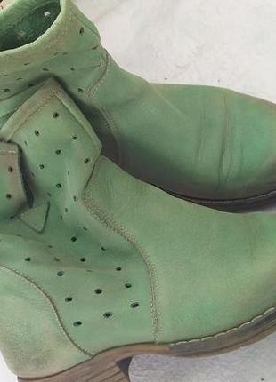 Кожаные ботинки демисезон.