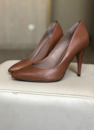 Туфли лодочки vince camuto