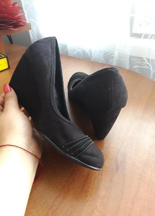 Туфли 👠 на танкетке  🌹