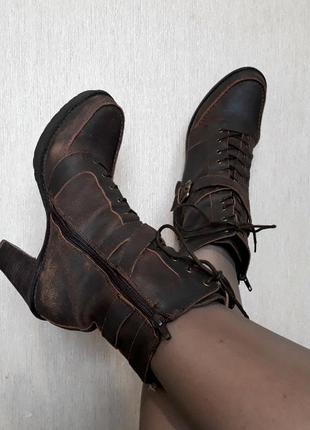 Полусапожки /ботинки кожа 39,5 - 40 размер (на стопу в 25,5 - 26 см)