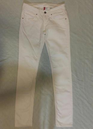 Белые джинсы h&m размер м
