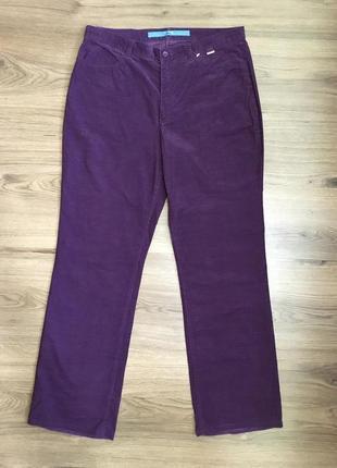 Фирменные тонкие вельветовые брюки !!