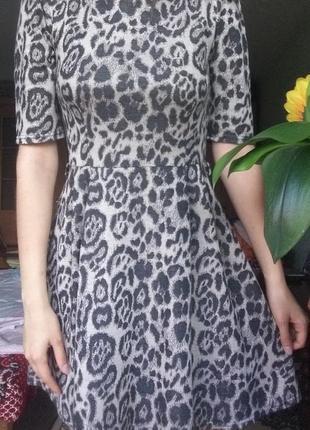 Осенне-весеннее платье с поясом (леопард) 42-44 от аtmosphere