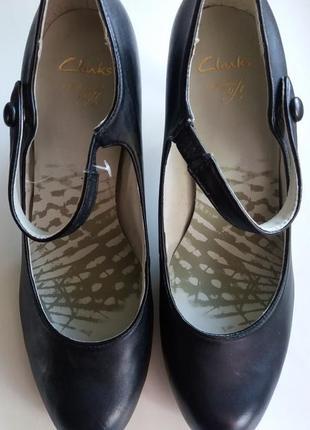 Классические черные туфли clarks размер 6d 38.5