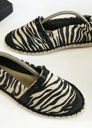 Эспадрильи в полосочку  зебра