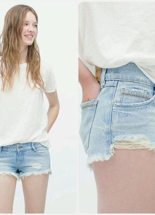 Короткие джинсовые шорты zara с потертостями