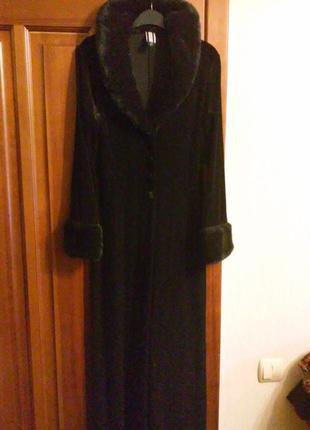 Пиджак бархатный длинный