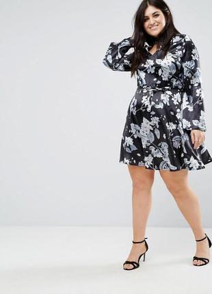 Розкішна сукня club l