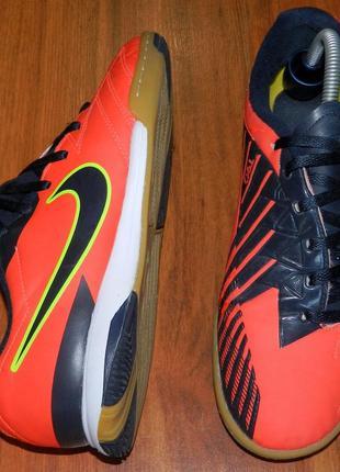 Nike t90! оригинальные, яркие футзалки-бампы1