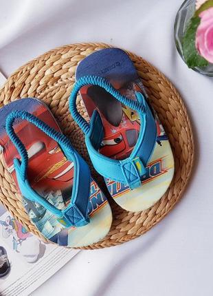 Крутезні сандалики-в*єтнамки на хлопчика від disney, розмір 26, стелька 16 см))