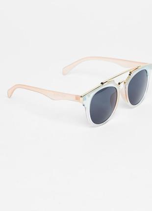 Солнцезащитные очки pull&bear оригинал из испании в чехле