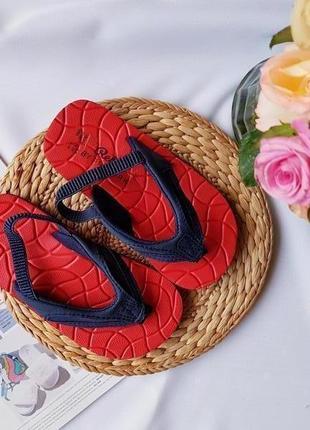 Стильні сандалики-в*єтнамки від rebel, в стилі людини павука, розмір 27, стелька 17 см))