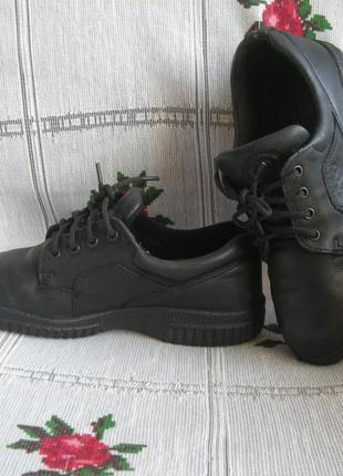 """Супер туфли черного цвета""""ecco""""р.36,100%кожа,стелька-23см."""