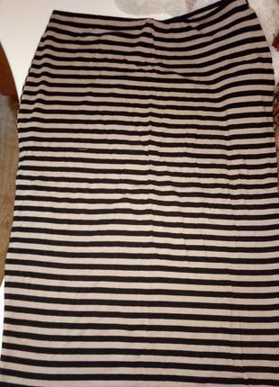 Трикотажная стрейчевая юбка миди