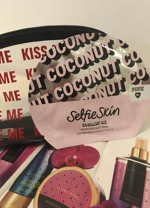 Маска тканевая  для лица с кокосовым маслом victorias secret
