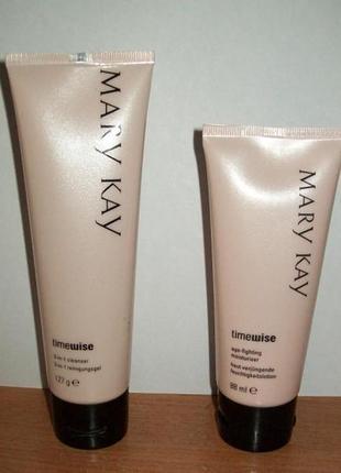 Набор таймвайс очищение 3в1 + максимально увлажняющий крем для лица мери кей mary kay