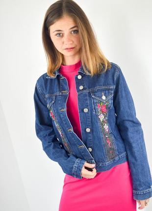 Etam джинсовая куртка с вышивкой