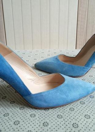 Фирменные туфли minelli