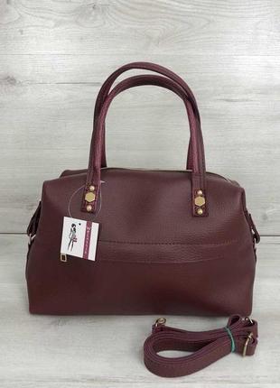 Бордовая женская вместительная сумка саквояж деловая матовая с ремешком