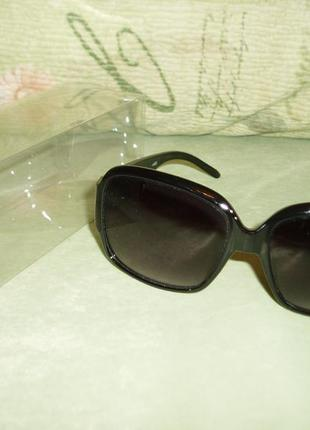 Очки солнцезащитные mango классика