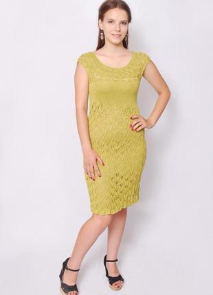 Оливковое платье из вискозы