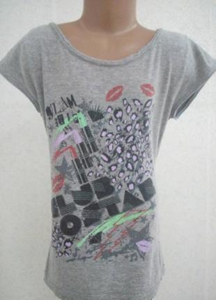 Классная футболка на девочку-подростка