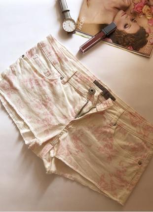 Стильні шорти білого кольору з принтом 💗 розмір 38, m