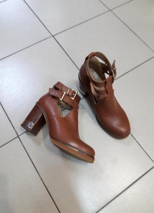 Крутые кожаные ботинки topshop