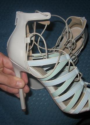 Туфли босоножки asos женские на высоком каблуке 38 размер постельке 25 см