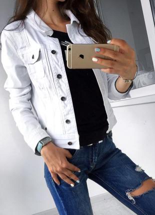 Джинсова куртка esprit