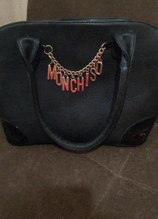 Стильная сумка moschino