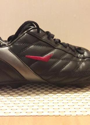 Копочки (бутсы) кроссовки celtics для футбола фирменные размер 40