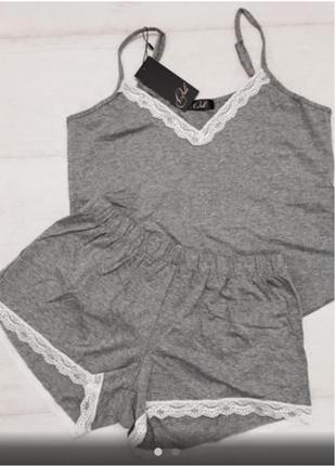 Женская трикотажная пижама с кружевом
