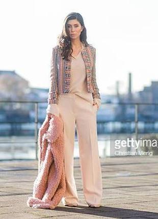Классическию брюки в пол пудрового цвета marc cain