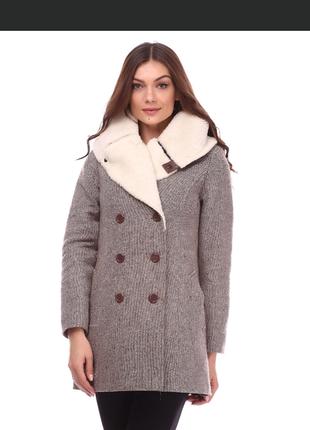 Новое зимне-осеннее пальто ruta-s, дешевле не бывает.