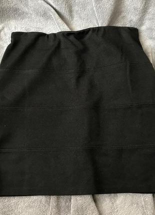 Чёрная мини юбка pull and bear