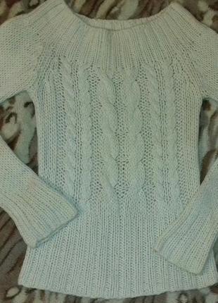 Свитер белый крупной вязки