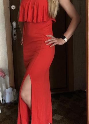 Макси платье длинное с разрезом красное асос asos