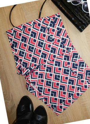Яркие качественные шорты с орнаментом