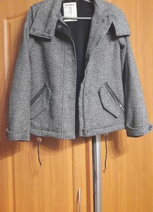 Куртка короткое пальто  бомбер pull&bear pull and bear пулл энд бир (зара zara)