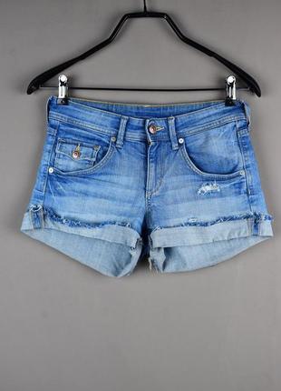 Стильные короткие джинсовые шорты от denim