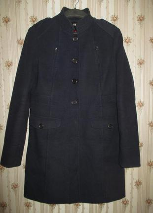 Классическое темно-синее пальто от h&m