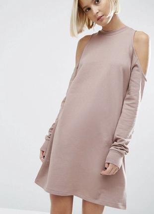 Платье свитшот asos с открытыми плечами пудровое